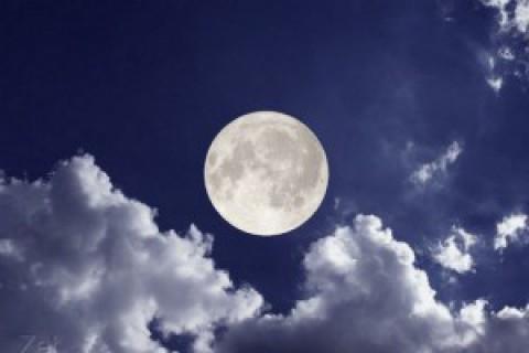 17 лунный день. Белла Авеб.