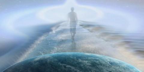 Когда человек умирает, он, действительно, оставляет Любимых навсегда?